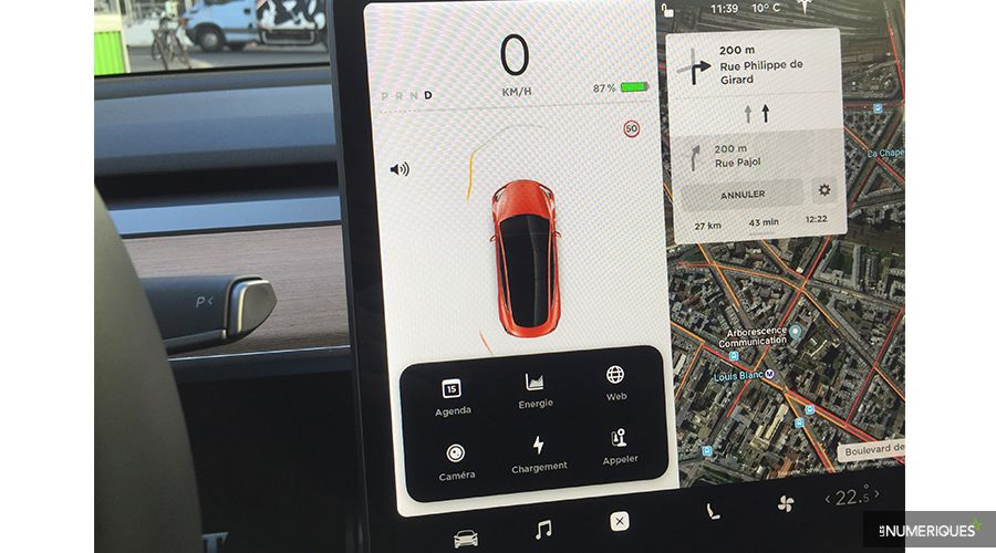 Tesla-Model-3-2019-pilote-WEB.jpg