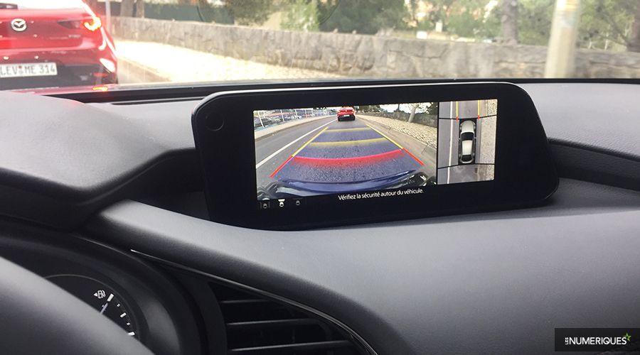 Mazda-3-2019-camera_1-WEB.jpg