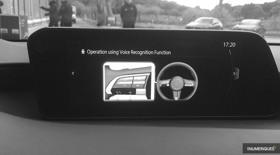 Mazda-3-2019-voice_1-WEB.jpg