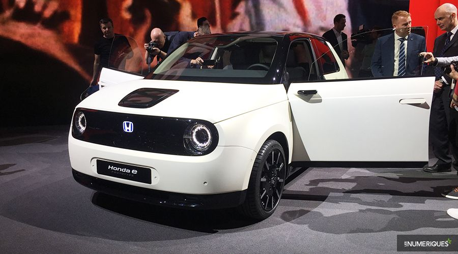 Honda-EV_1-WEB.jpg