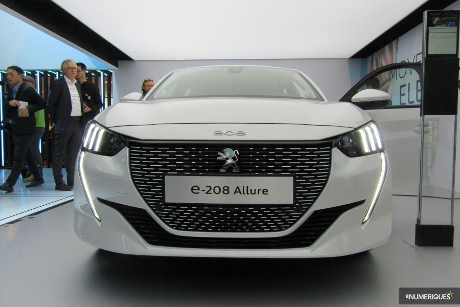 Peugeot e208 PREZ.JPG