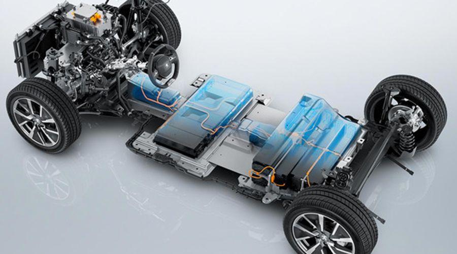 Peugeot-e208-batteries-WEB.jpg