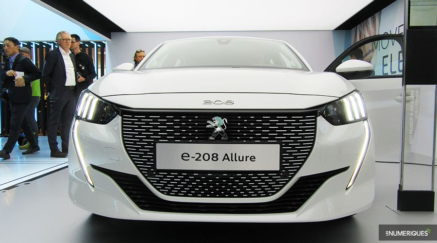 Peugeot-e208-PREZ-WEB.jpg