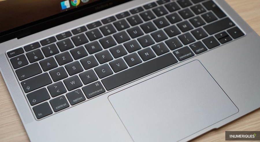 Duel Matebook 13 MacBook Air 6.jpg