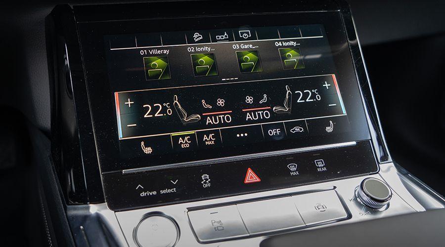 Audi-etron-55-ecran_2-WEB.jpg