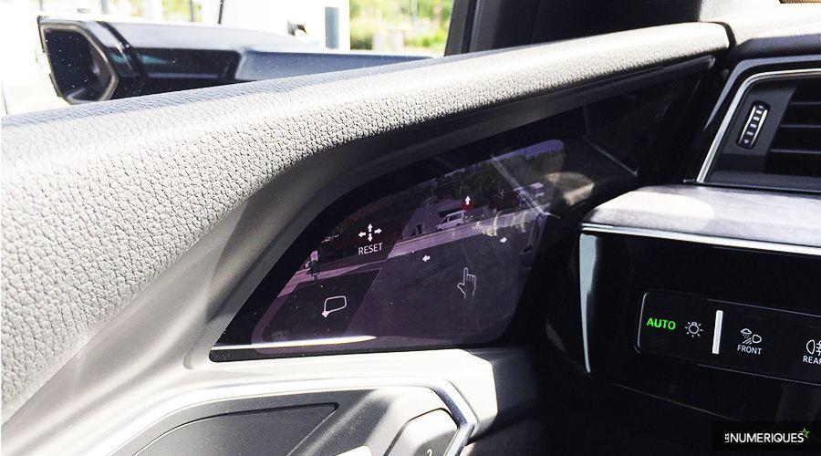 Audi-etron-55-retro-ecran-WEB.jpg