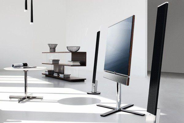 C est le cas de Loewe, qui vient de présenter sa nouvelle gamme de  téléviseurs, dont le premier en 32 pouces Individual atteint 2 290 euros. 1931ab7f71fb