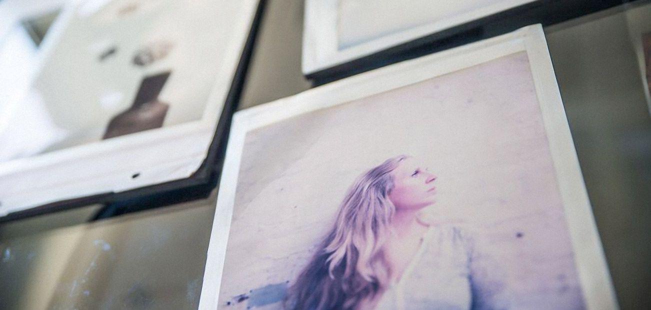 Visite De Lusine Impossible Project La Renaissance Du Polaroid