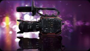 Panasonic EVA1 : chaînon manquant entre GH5 et Varicam