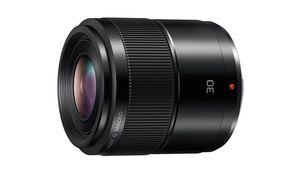Panasonic annonce le développement d'un 30 mm f/2,8