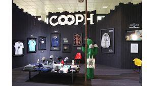 COOPH sort une ligne de vêtements
