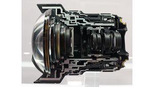 CP+ 2015 - Le Canon 11-24 mm f/4L en écorché