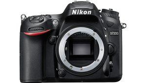 Nikon D7200, Canon 70D, Pentax K-3 : le comparatif sur papier