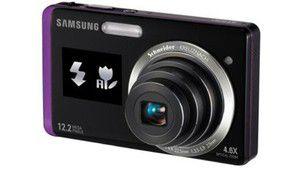 Mini écran à l'avant du Samsung ST550 en vidéo