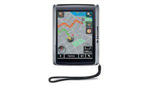 Navigon 2410 : un GPS 1er prix, piéton et voiture, info-trafic, etc.
