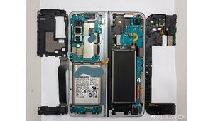 Le Samsung Galaxy Fold dévoile ses entrailles