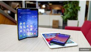 Galaxy Fold: Samsung nie une sortie en juillet du smartphone pliable