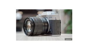 Soldes 2019 – Hybride Fujifilm X-T20 + 18-55mm à 809€