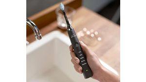 Amazon Prime Day – Brosse à dents électrique Philips Sonicare DiamondClean HX9359/89 à 100 €