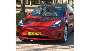 Tesla baisse le prix de sa Model 3, mais augmente ceux des Model S et X