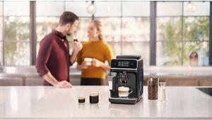 Philips suréquipe sa cafetière automatique EP2231/40, mais en limite le prix