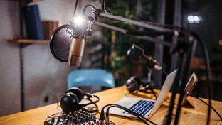 Apple veut produire des podcasts exclusifs pour concurrencer Spotify