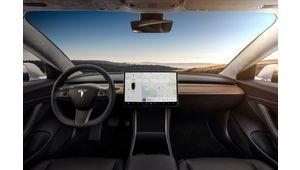 Netflix et YouTube dans la Tesla : Musk annonce la mise à jour V10