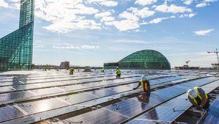 Panneaux solaires : Walmart porte plainte contre Tesla pour négligence
