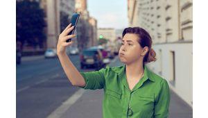 Des smartphones Apple et Samsung dépasseraient le plafond de DAS autorisé