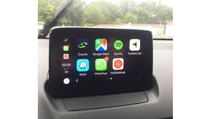 Coyote intègre enfin CarPlay et MirrorLink
