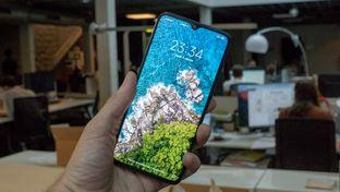 Prise en main du Xiaomi Mi 9 Lite, un smartphone à 299 €