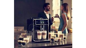 French Days – Cafetière automatique avec broyeur Saeco Xelsis SM7685 à 1104.40 €