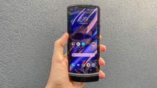 Razr : Motorola renoue avec le passé et met un pied dans le futur