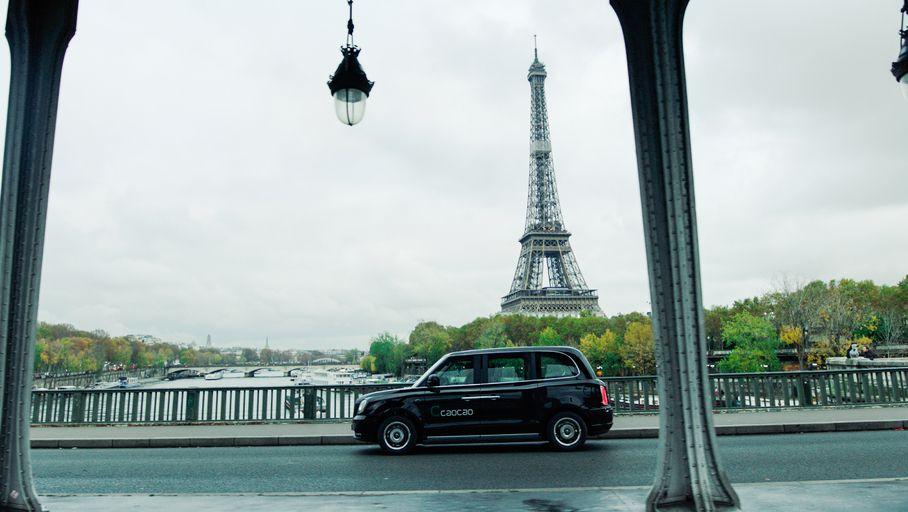 La plateforme de VTC Caocao arrive à Paris avec des black-cabs électriques