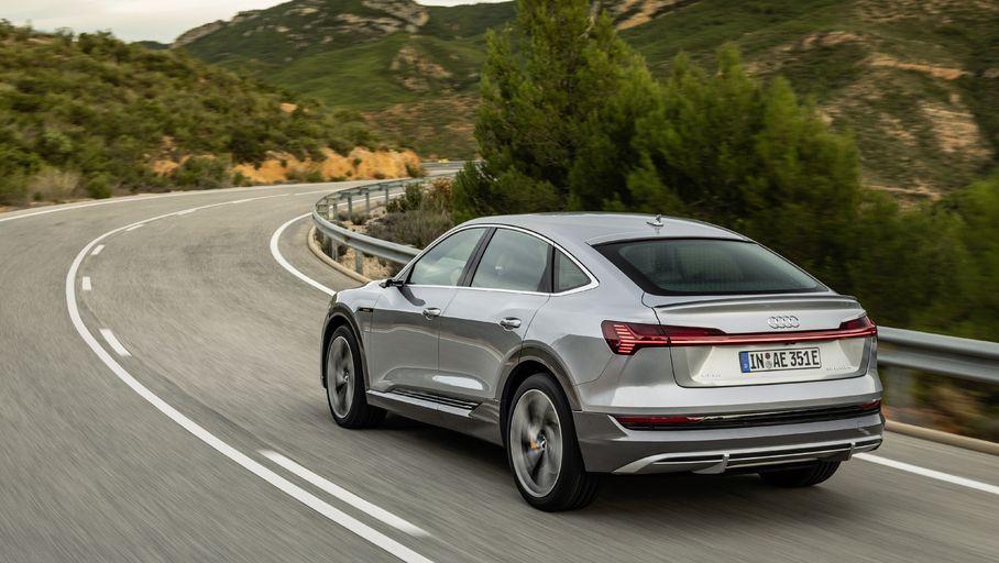 Audi retouche son SUV électrique e-tron et lui offre un chargeur plus puissant