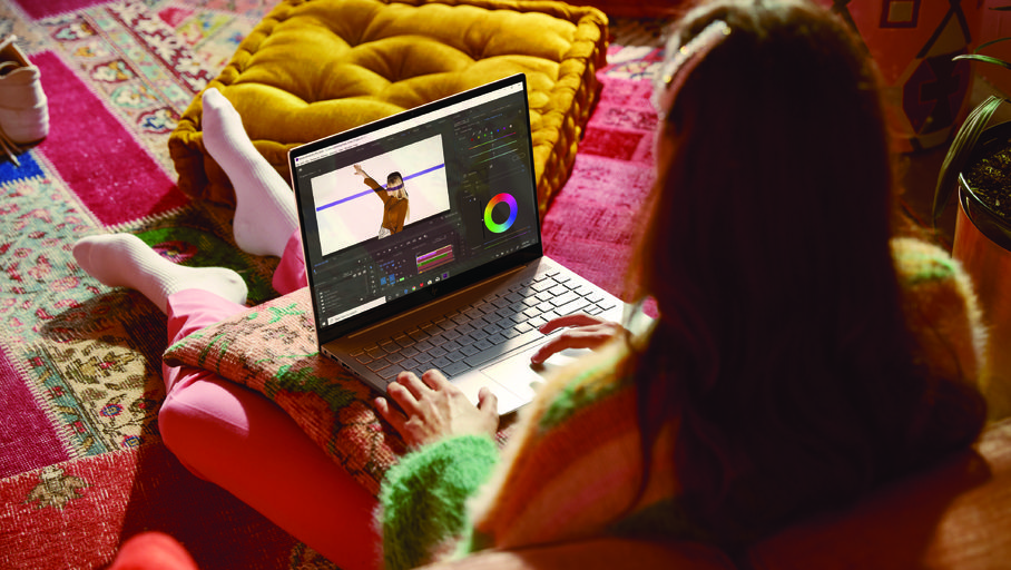 HP Introduces Envy 14 Designed for Creative Pros at CES 2021