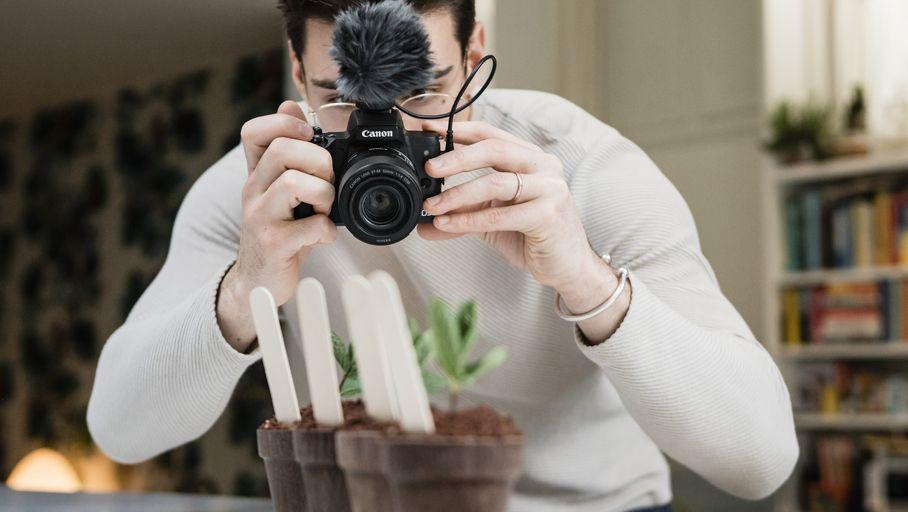 Canon M50 Mark II : une nouvelle version pour le petit hybride APS-C - Les Numériques