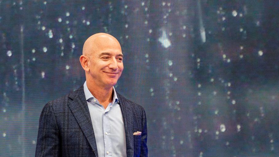 Jeff Bezos réagit à la défaite des pro-syndicats de l'entrepôt Amazon de Bessemer