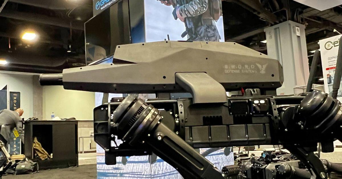 Spur, l'effrayant chien-robot équipé d'un fusil de précision 6,5 mm