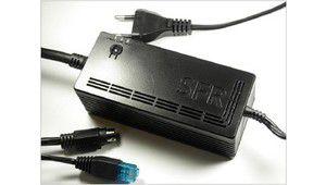 Neufbox : le CPL intégré dans le bloc alimentation. Bien vu !