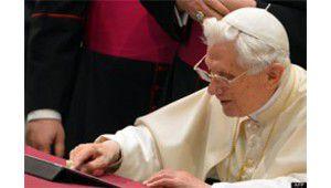 Twitter : Benoît XVI donne sa bénédiction à ses 700 000 abonnés