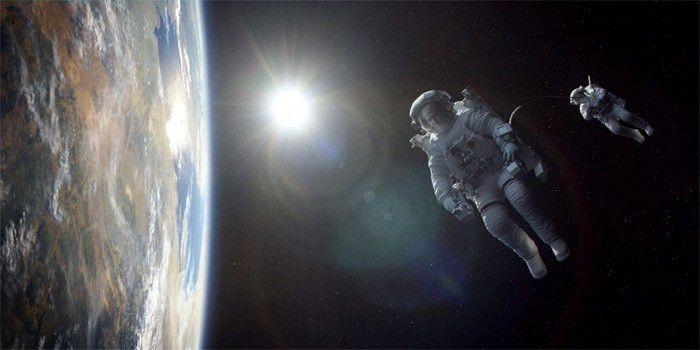 Gravity film 700
