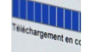 Téléchargements illégaux : le smartphone monte en puissance