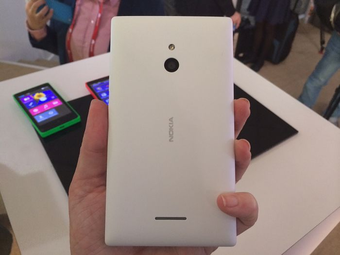 Nokia XL opt