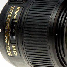 NIkon 35 mm f/1,8