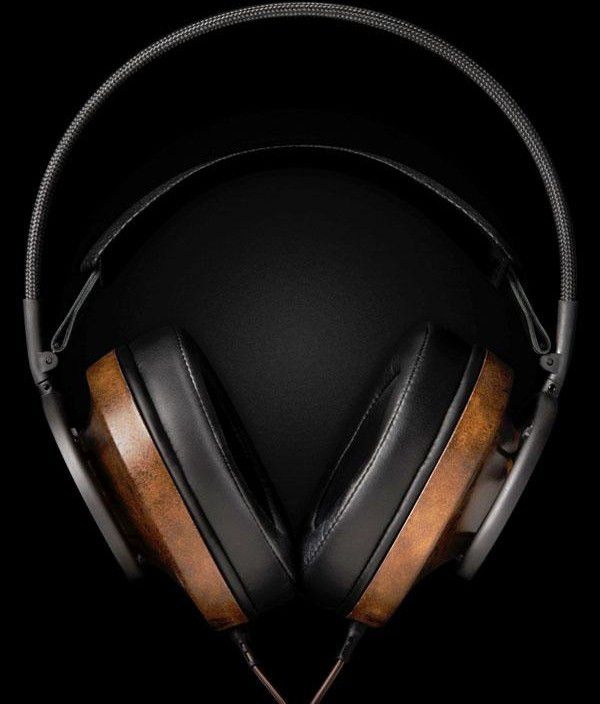 NewProduct AudioQuest Nighthawk Photo Main