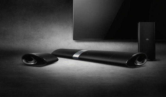 Philips Fidelio B5 Soundbar showing speaker removed