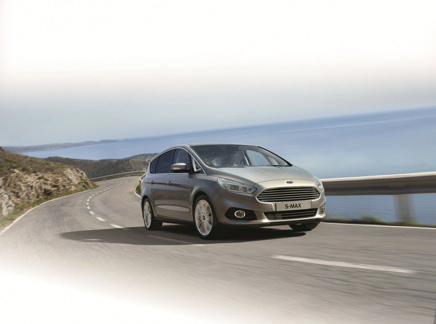Ford S-Max.jpg