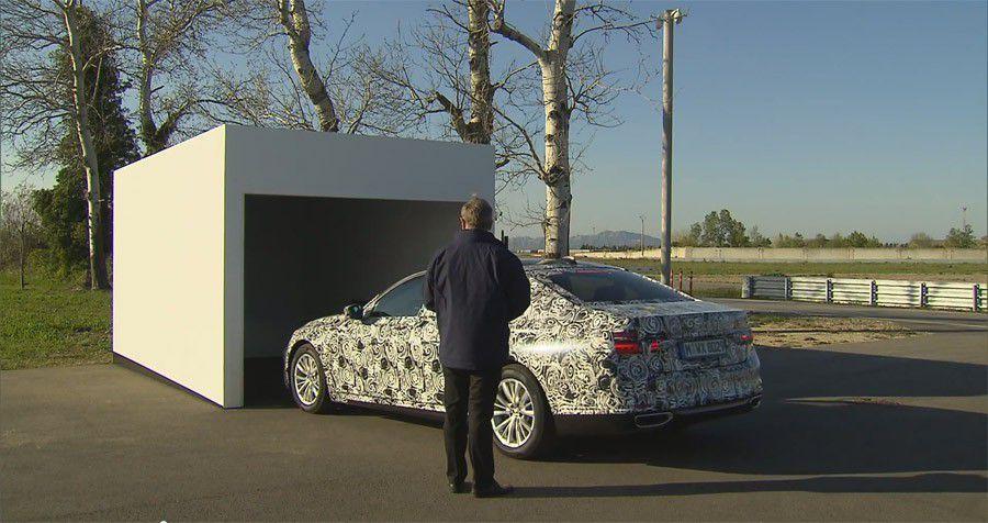 BMW Série 7 rentrée garage 1