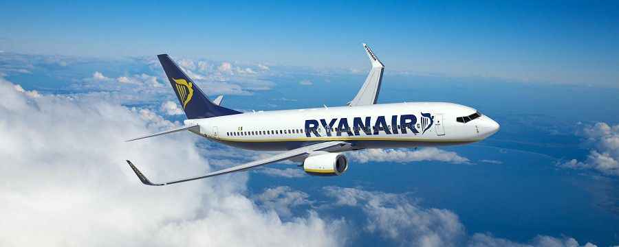 Ryanair aircraft (2)